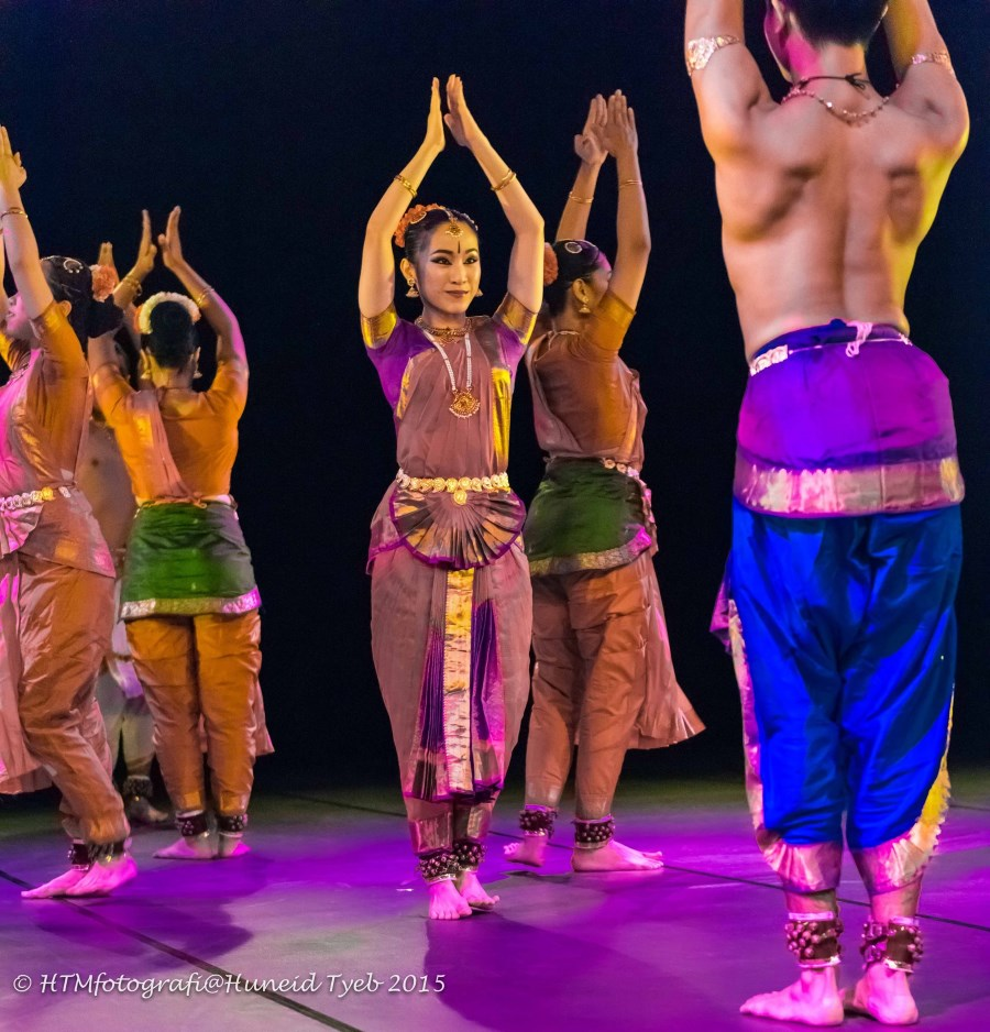 ASWARA Dance Company performing bharatanatyam in '3 Faces'. Photo: Huneid Tyeb.