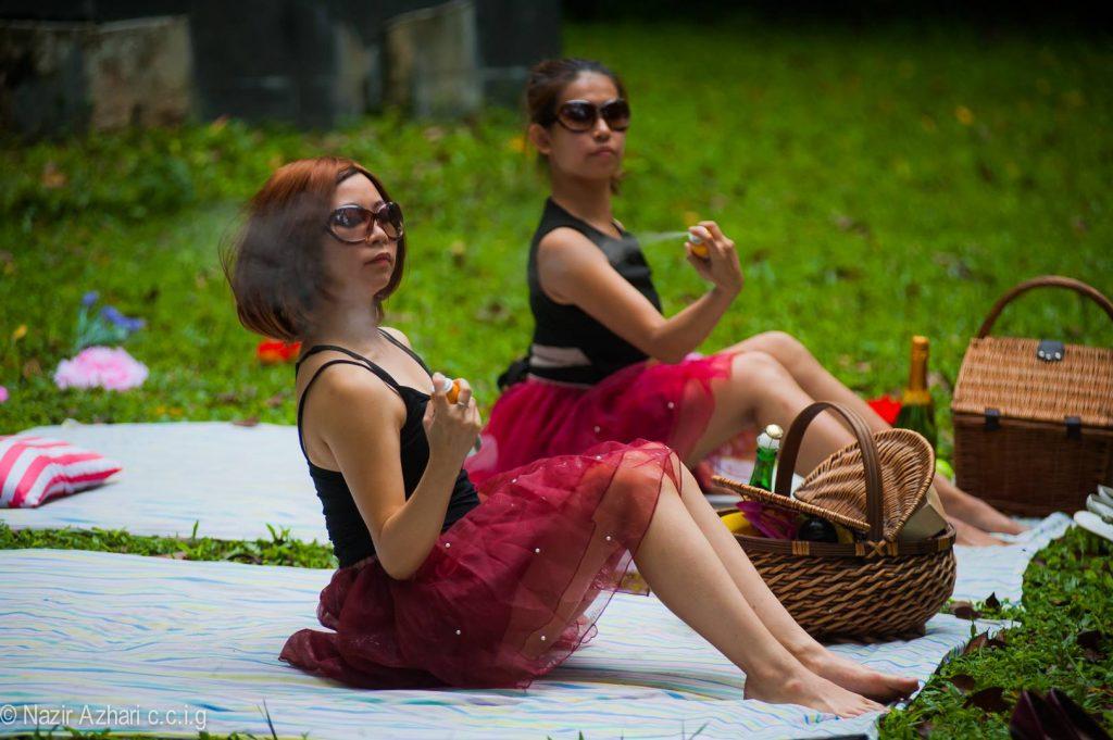 Chai Vivan (left) and Fione Chia, in Vivan's 'Faux', at Dancing in Place, Rimbun Dahan.